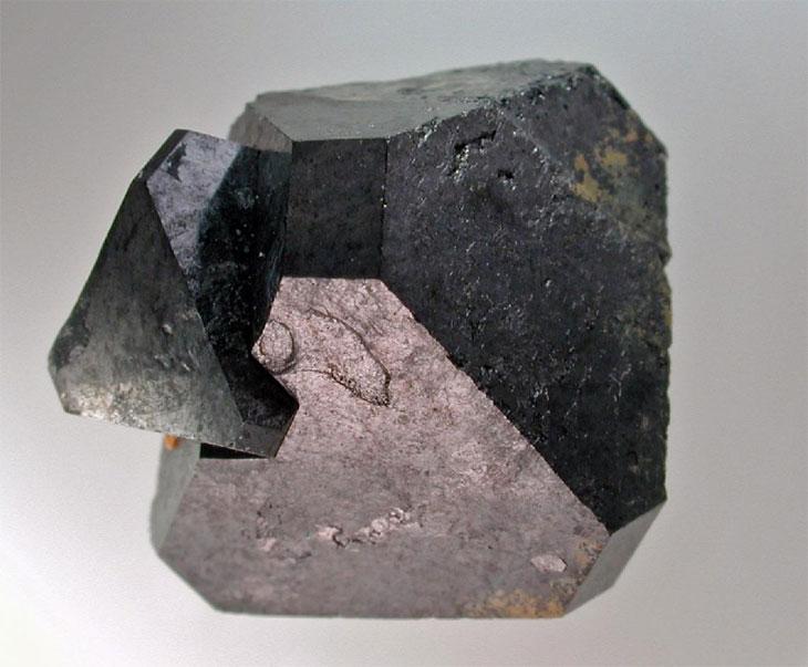 Таинственные минералы