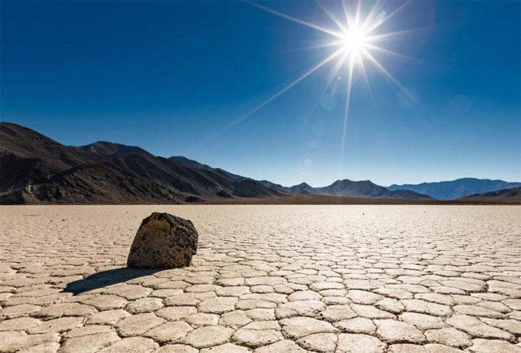 Гуляющие камни